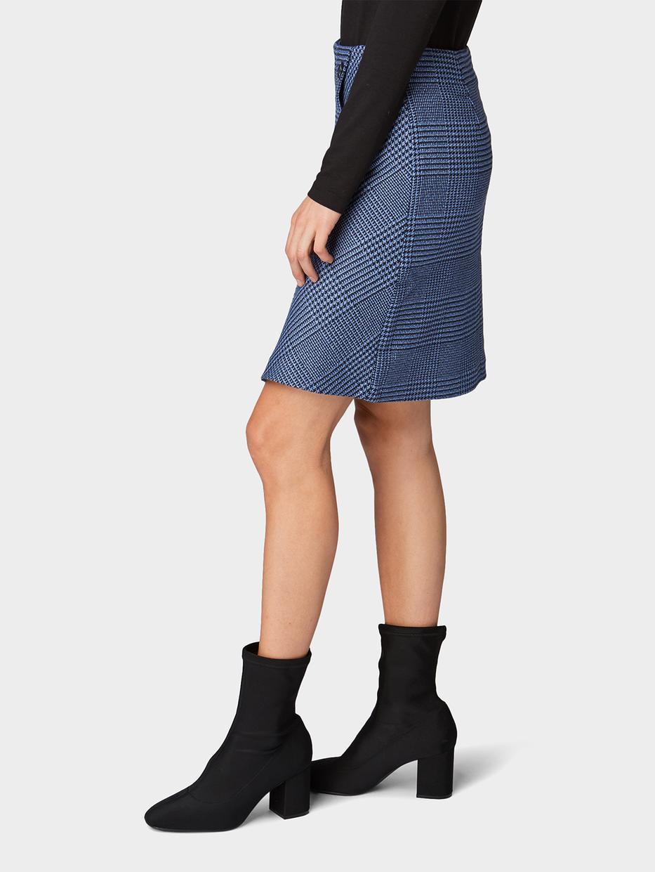 Юбки Tom TailorЮбки<br>Клетчатая юбка с запахом|застежка на пуговицы|содержит эластан для идеальной посадки|застежка-молния сзади|прямой покрой|длина изделия для размера 38: 50 см